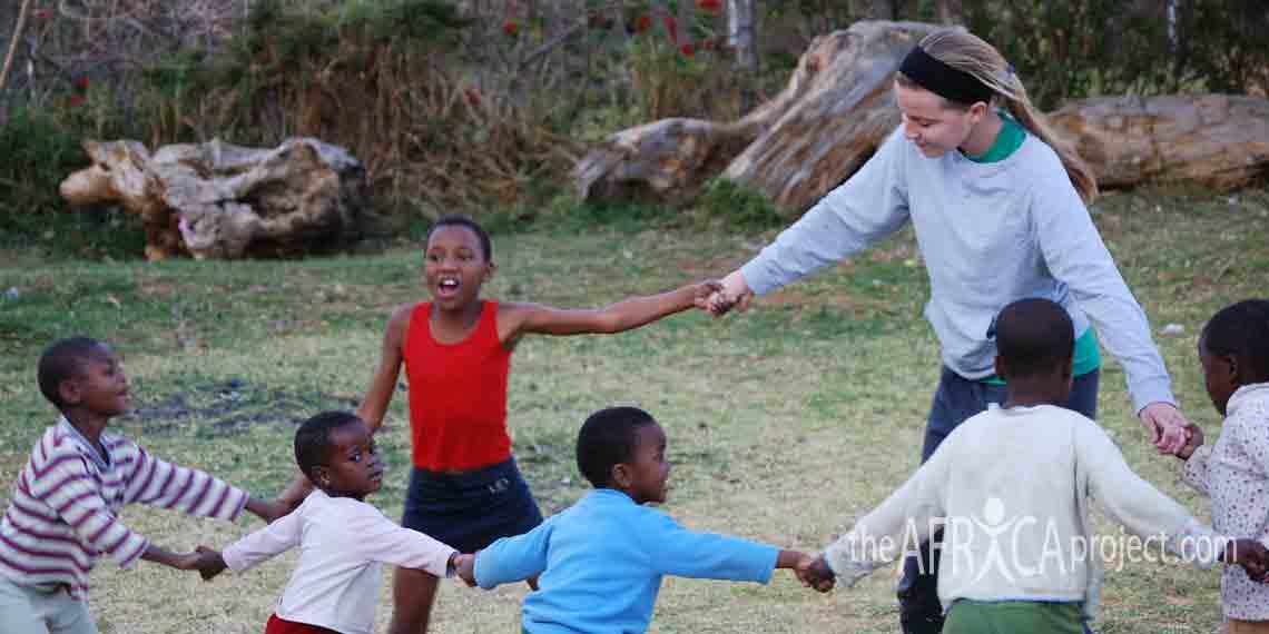Stephanie in Nkandla 2007 (5)
